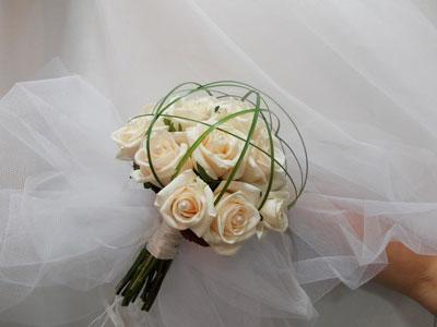Compositions florales pour votre mariage en Isère
