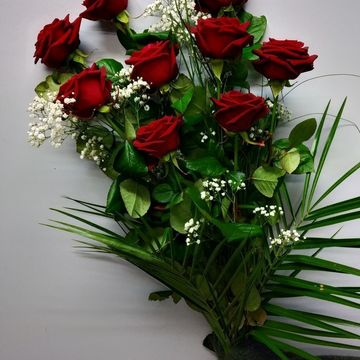 Bouquet de roses rouges grandes tiges et gypsophile
